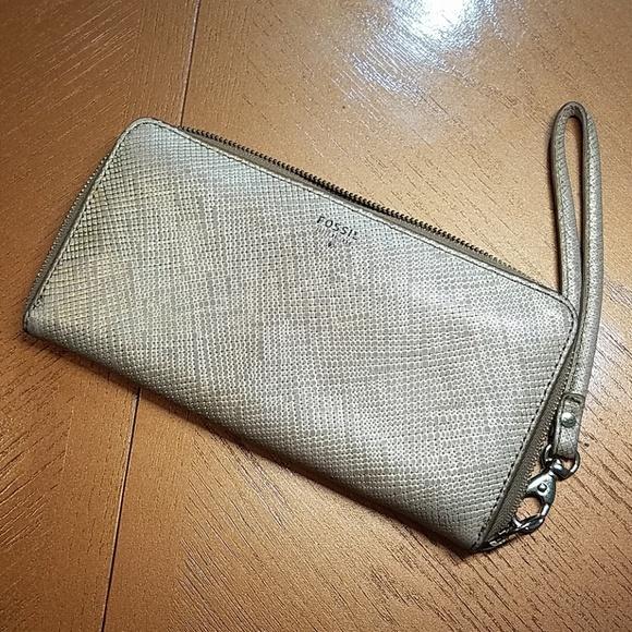 Fossil Handbags - Fossil wallet